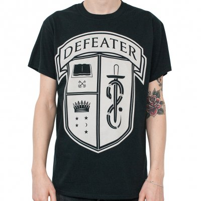 defeater - Crest | T-Shirt