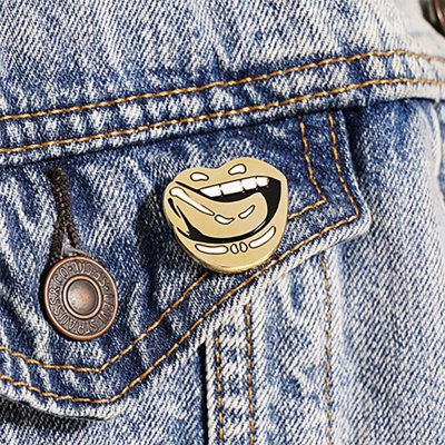 Falling In Reverse - Lips Enamel Pin (Gold)