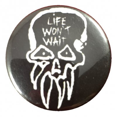 rancid - Life Won't Wait Skull Button