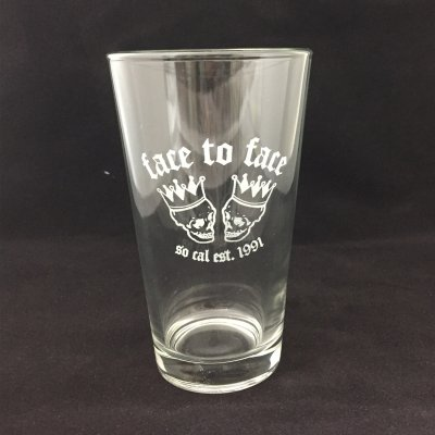 face-to-face - Skull Crown Pint Glass