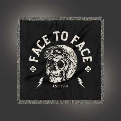 face-to-face - Skull Helmet Throw Blanket