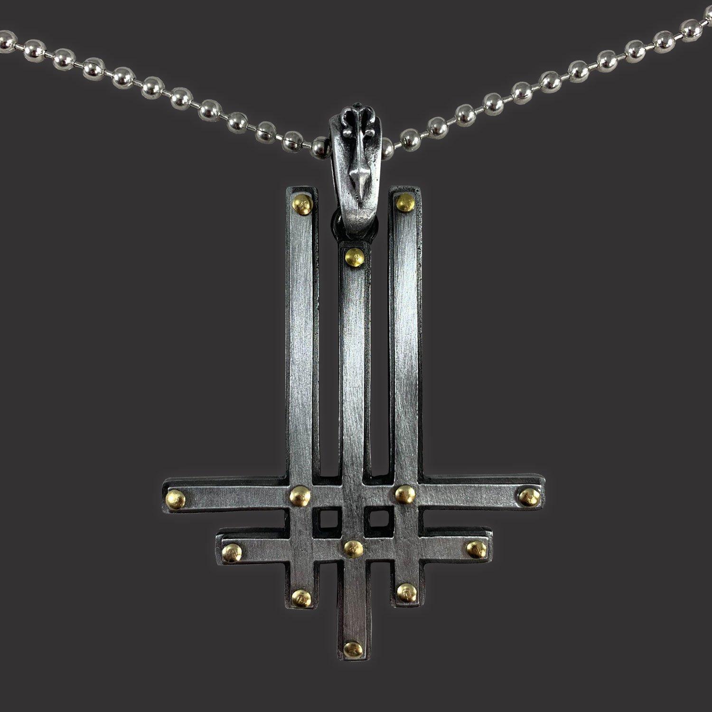 IMAGE   Triumviratus Deluxe Pendant