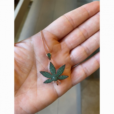 ziggy-marley - Cannabis Necklace