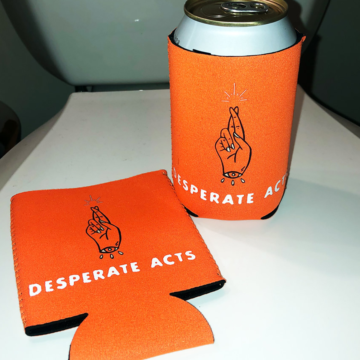 IMAGE   Crossed Fingers Coozie